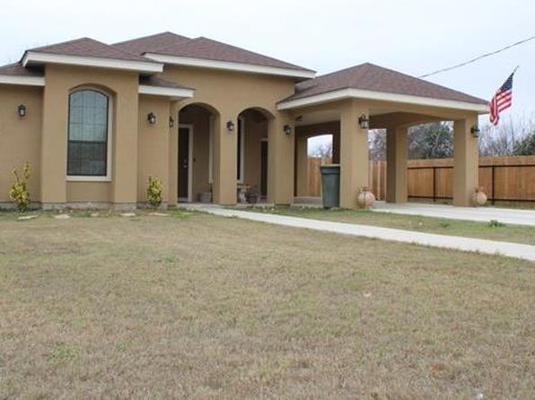 3 bed 2 bath Single Family at  411 Grove Uvalde, TX, 78801 is for sale at 173k - 1 of 24
