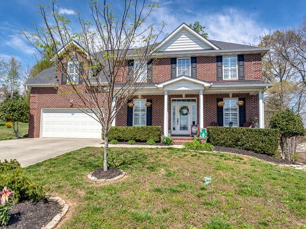 4 bed 3.5 bath Single Family at 8428 Harbor Cove Dr Knoxville, TN, 37938 is for sale at 290k - 1 of 39