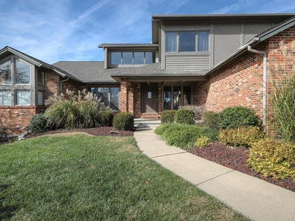 5 bed 4 bath Single Family at 659 Killary Down Weldon Spring, MO, 63304 is for sale at 550k - 1 of 68