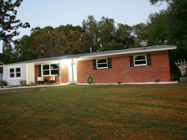 4 bed 2 bath Single Family at 2812 Bayview Bay Way Pensacola, FL, 32503 is for sale at 200k - 1 of 31