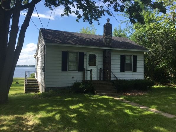 3 bed 1 bath Single Family at 230 RIVER DR MASSENA, NY, 13662 is for sale at 150k - 1 of 3