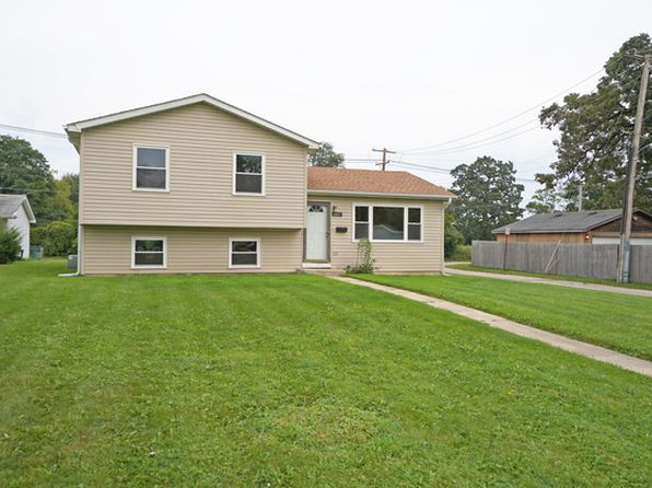 3 bed 2 bath Single Family at 2411 Hebron Ave Zion, IL, 60099 is for sale at 130k - 1 of 26