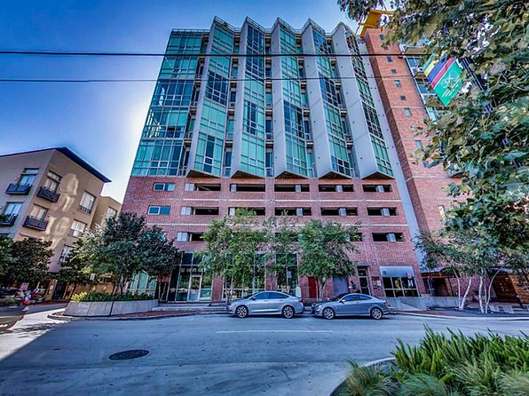 2 bed 2 bath Condo at 2000 Bagby St Houston, TX, 77002 is for sale at 475k - 1 of 32