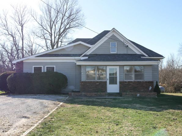 4 bed 3 bath Single Family at 418 E Evergreen St Springfield, MO, 65803 is for sale at 130k - 1 of 26