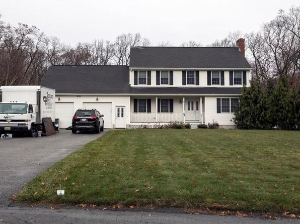 4 bed 3 bath Single Family at 3 Alvina Dr Johnston, RI, 02919 is for sale at 370k - 1 of 3