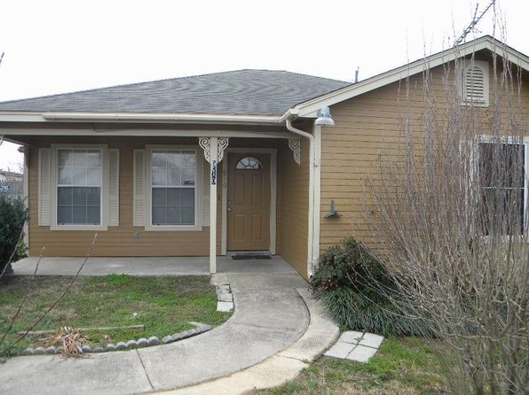 3 bed 2 bath Single Family at 910 E Beth St Whitney, TX, 76692 is for sale at 124k - 1 of 22