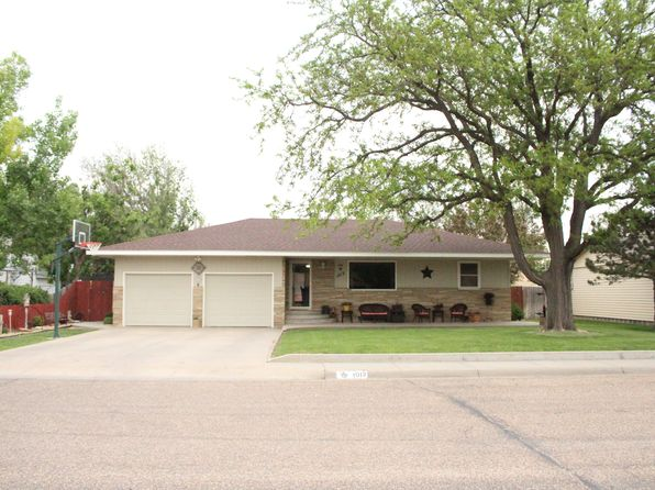 4 bed 2 bath Single Family at 1012 N Missouri St Ulysses, KS, 67880 is for sale at 145k - 1 of 13