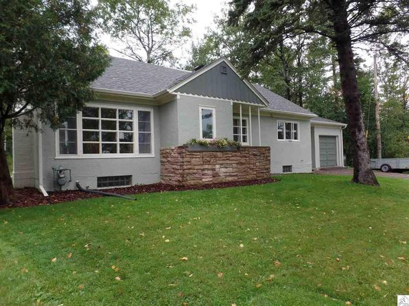 4 bed 2 bath Single Family at 1819 Lakeview Dr Duluth, MN, 55803 is for sale at 265k - 1 of 24
