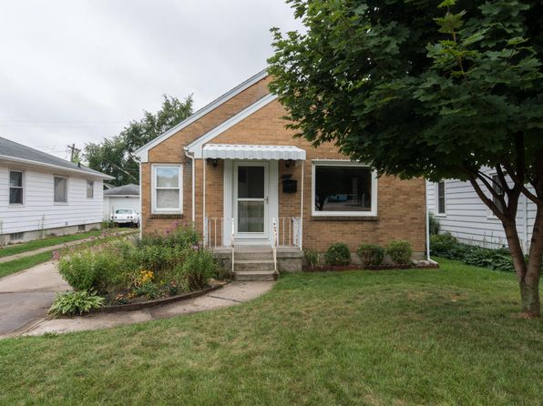2 bed 1 bath Single Family at 902 Sibley St NW Grand Rapids, MI, 49504 is for sale at 120k - 1 of 12