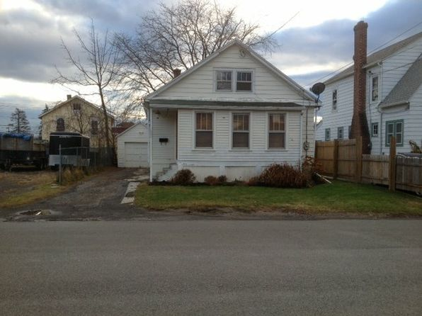4 bed 1 bath Single Family at 1 Oakwood Blvd Hudson, NY, 12534 is for sale at 129k - 1 of 2