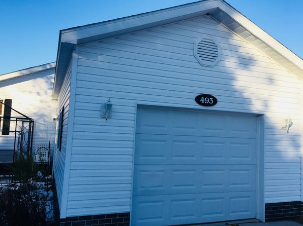 2 bed 2 bath Mobile / Manufactured at 493 Chesapeake Ct Traverse City, MI, 49686 is for sale at 70k - 1 of 13