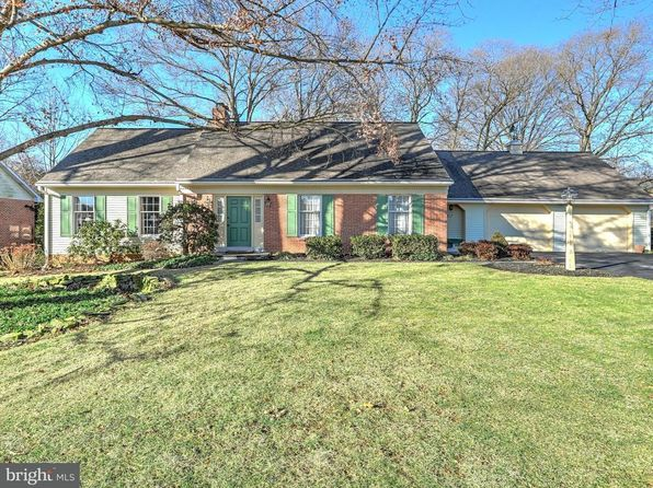 3 bed 3 bath Single Family at 772 Barrholly Dr Lancaster, PA, 17603 is for sale at 290k - 1 of 42