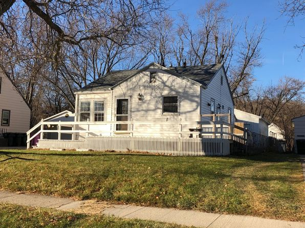 2 bed 2 bath Single Family at 2423 ISABELLA ST SIOUX CITY, IA, 51103 is for sale at 70k - 1 of 2