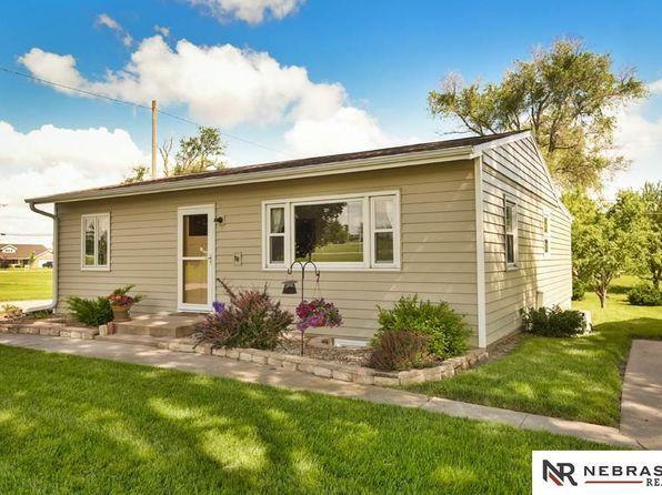 3 bed 2 bath Single Family at 2642 Silver St Ashland, NE, 68003 is for sale at 158k - 1 of 17