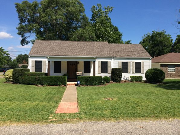 3 bed 2 bath Single Family at 2424 Avenue D Nederland, TX, 77627 is for sale at 155k - 1 of 19