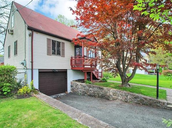 3 bed 2 bath Single Family at 26 Forest Ave Cortlandt Manor, NY, 10567 is for sale at 300k - 1 of 24