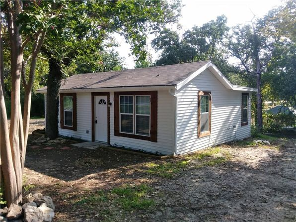 2 bed 1 bath Single Family at 524 Marquette Ave Azle, TX, 76020 is for sale at 93k - 1 of 12