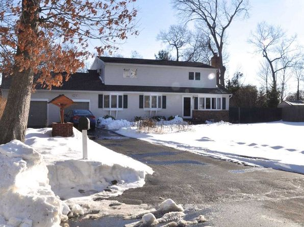 3 bed 3 bath Single Family at Undisclosed Address EAST NORTHPORT, NY, 11731 is for sale at 500k - 1 of 20