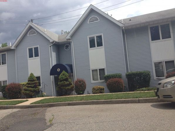 2 bed 1 bath Condo at 5 Jefferson St Clifton, NJ, 07014 is for sale at 150k - 1 of 8