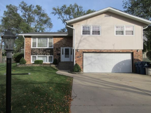 4 bed 3 bath Single Family at 8949 S 83rd Ct Hickory Hills, IL, 60457 is for sale at 275k - 1 of 38