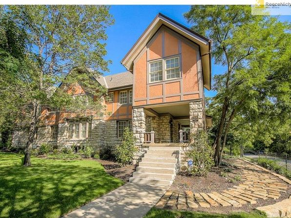 4 bed 4 bath Single Family at 818 Brush Creek Blvd Kansas City, MO, 64110 is for sale at 575k - 1 of 25