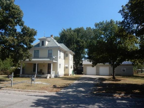 4 bed 2 bath Single Family at 302 Oak St Cottonwood Falls, KS, 66845 is for sale at 95k - 1 of 63