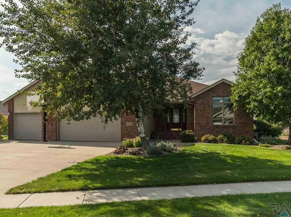 5 bed 3 bath Single Family at 509 N Crestview Cir Brandon, SD, 57005 is for sale at 339k - 1 of 29