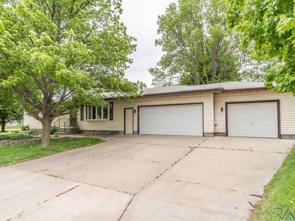 3 bed 2 bath Single Family at 600 S Main Ave Brandon, SD, 57005 is for sale at 185k - 1 of 27