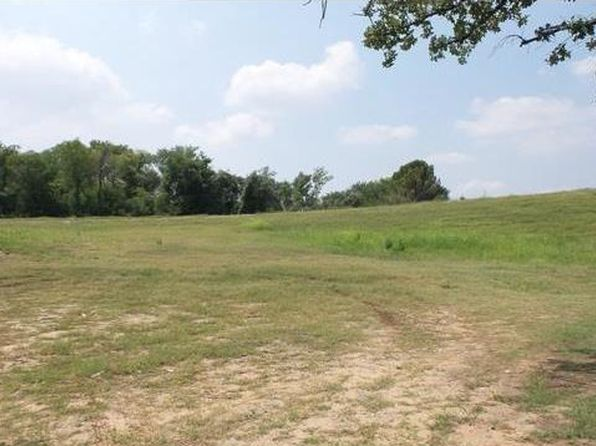 null bed null bath Vacant Land at 1605 Southeast Pkwy Azle, TX, 76020 is for sale at 70k - 1 of 8