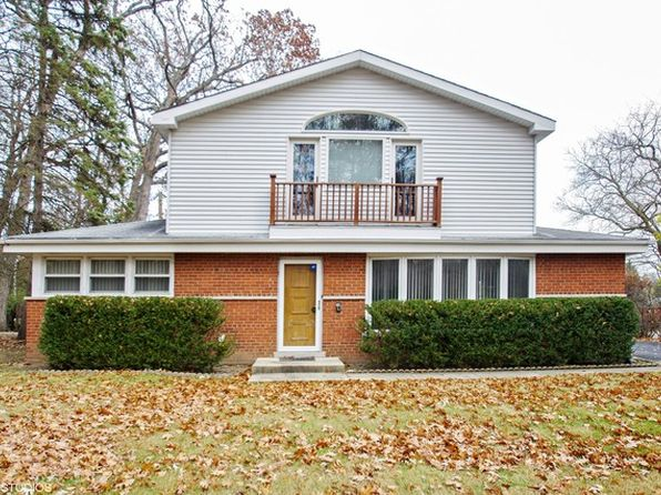 4 bed 4 bath Single Family at 615 Harms Rd Glenview, IL, 60025 is for sale at 410k - 1 of 19