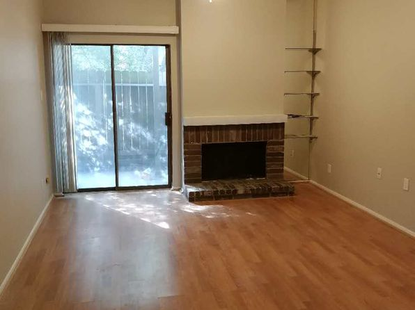 1 bed 1 bath Condo at 7900 N Stadium Dr Houston, TX, 77030 is for sale at 122k - 1 of 5