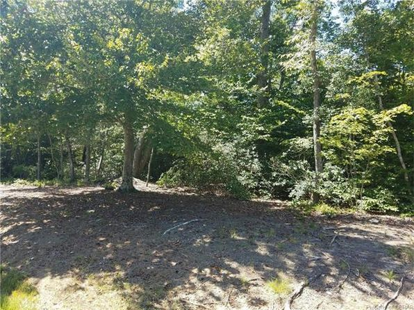 null bed null bath Vacant Land at 0 Harbor Landing Ct Middlesex, VA, 23175 is for sale at 60k - 1 of 2