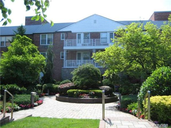 2 bed 1 bath Cooperative at Undisclosed Address Rockville Centre, NY, 11570 is for sale at 229k - 1 of 11
