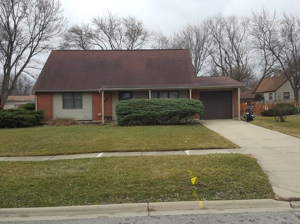 4 bed 2 bath Single Family at 645 Lafayette Ln Hoffman Estates, IL, 60169 is for sale at 258k - 1 of 2