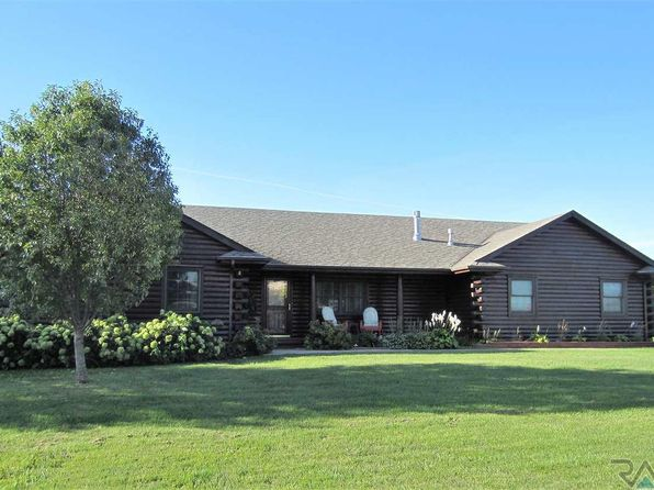 5 bed 3 bath Single Family at 501 Par Tee Dr Hartford, SD, 57033 is for sale at 305k - 1 of 19