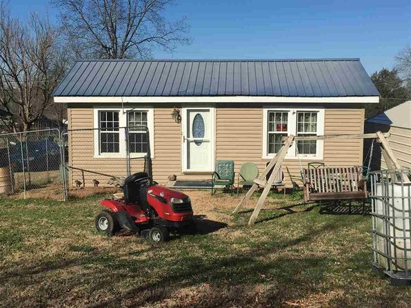 2 bed 1 bath Single Family at 322 COLLINS ST NIOTA, TN, 37826 is for sale at 40k - 1 of 2