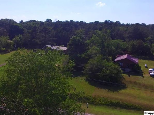 2 bed 1 bath Single Family at 2330A Dogtown Rd SE Fort Payne, AL, 35967 is for sale at 79k - 1 of 8