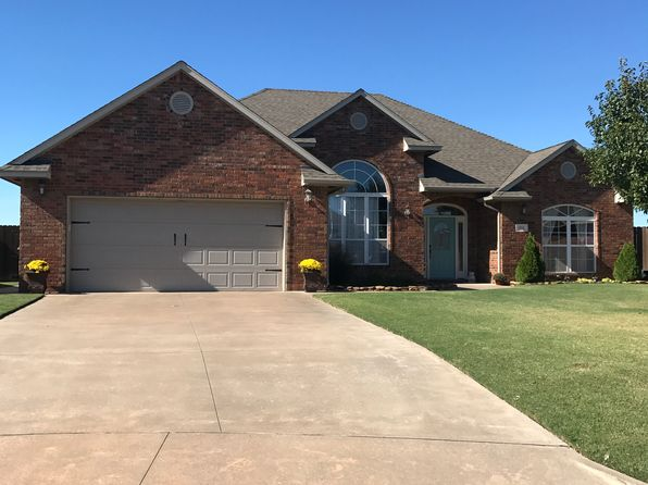 4 bed 2 bath Single Family at 814 Bobcat Enid, OK, 73703 is for sale at 263k - 1 of 34
