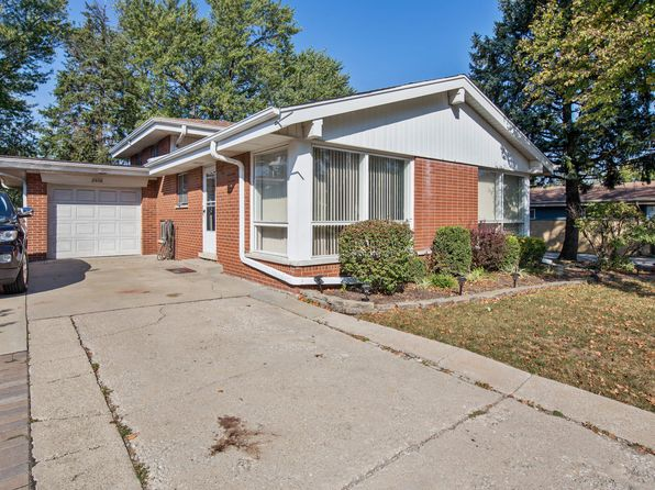 3 bed 2 bath Single Family at 1026 S Villa Ave Villa Park, IL, 60181 is for sale at 260k - 1 of 10