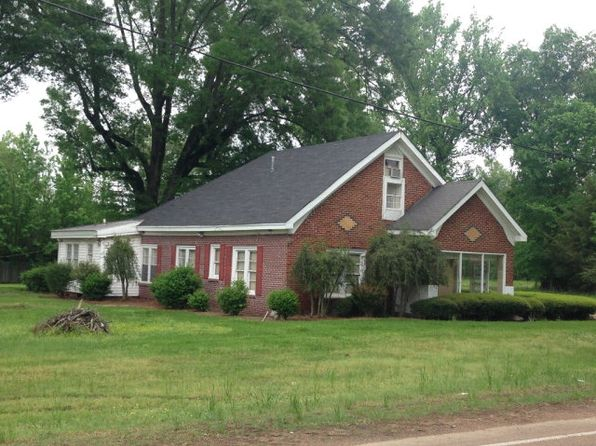 4 bed 3 bath Single Family at 586 Veterans Derma, MS, 38839 is for sale at 50k - 1 of 12