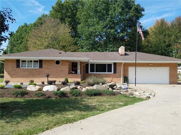 3 bed 2 bath Single Family at 1185 N Leavitt Rd Leavittsburg, OH, 44430 is for sale at 138k - 1 of 30