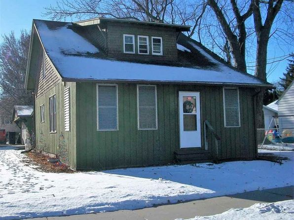 3 bed 1 bath Single Family at 1531 E College Ave Appleton, WI, 54915 is for sale at 80k - 1 of 20