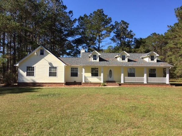 3 bed 2 bath Single Family at 38 GLOVER LN HAVANA, FL, 32333 is for sale at 225k - 1 of 27