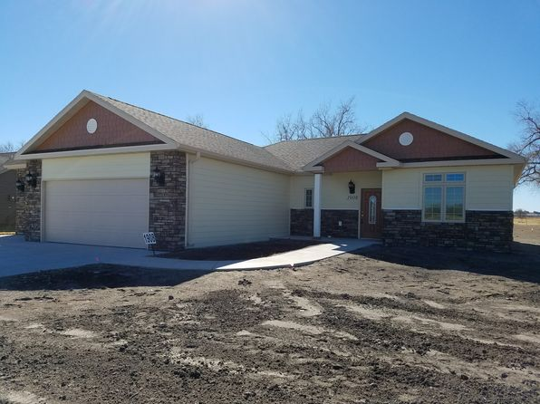 3 bed 2 bath Single Family at 1908 Iron Eagle Ct North Platte, NE, 69101 is for sale at 215k - 1 of 62