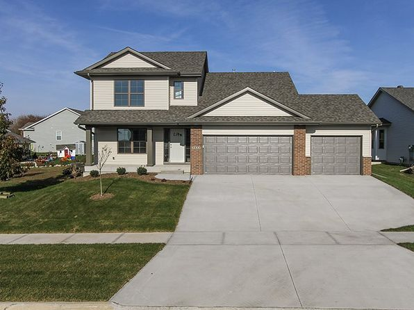3 bed 3 bath Single Family at 1022 Langenberg Ave Iowa City, IA, 52240 is for sale at 275k - 1 of 19