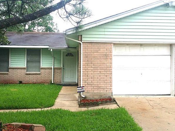 3 bed 2 bath Single Family at 11702 Davenwood Cir Houston, TX, 77089 is for sale at 150k - 1 of 22