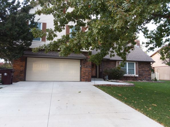 3 bed 3 bath Single Family at 1009 Heatherwood Pl McPherson, KS, 67460 is for sale at 229k - 1 of 18