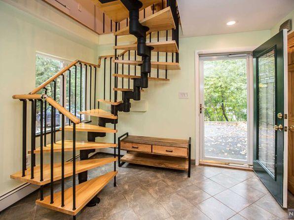 3 bed 2 bath Single Family at 316 Mount Arlington Blvd Landing, NJ, 07850 is for sale at 345k - 1 of 25