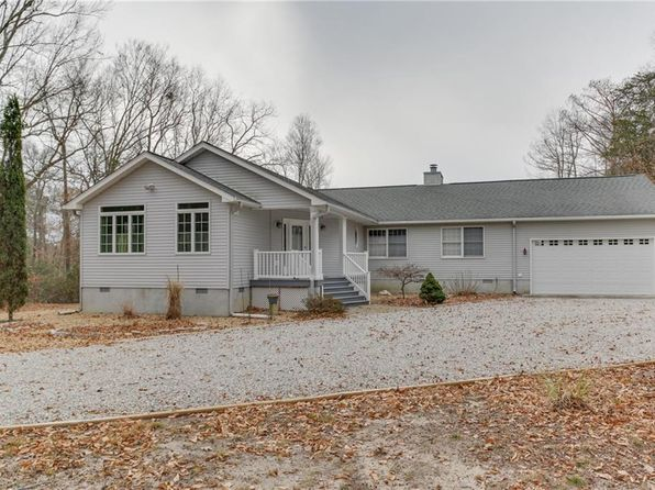 3 bed 4 bath Single Family at 401 Four Islands Trl Lanexa, VA, 23089 is for sale at 345k - 1 of 31