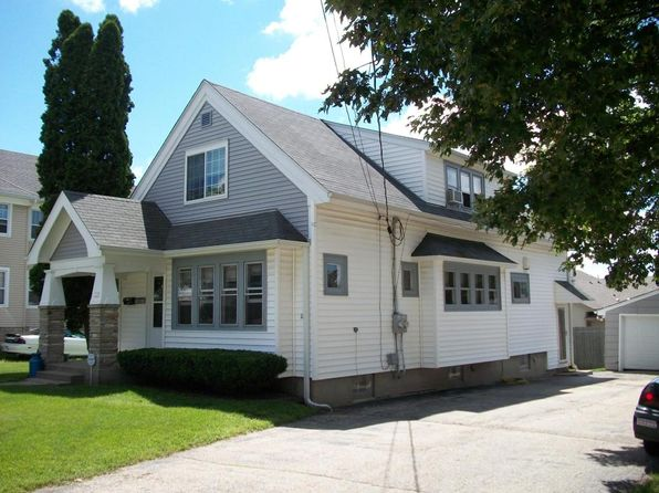 2 bed 1 bath Multi Family at 235 Linwood Ter West Bend, WI, 53095 is for sale at 153k - 1 of 6